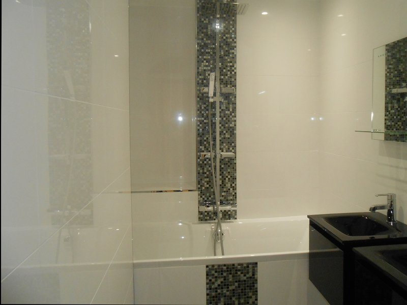 Beautiful Design De Baignoire Mosaique Contemporary - Design ...